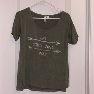 "Francesca's green ""go your own way"" T-shirt"